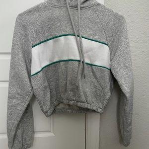 NEW Women's Cropped sweatshirt